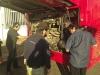 Die chilenischen Busfans: der Euro VI Motor wird inspiziert