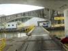 Fahrt unter der Schleusenbrücke!