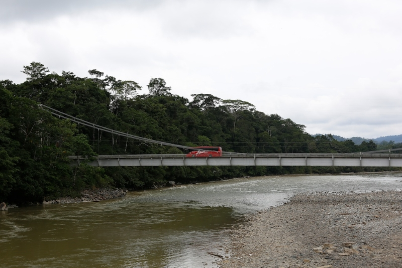 Auf dem Weg nach Tena / Amazonastiefland